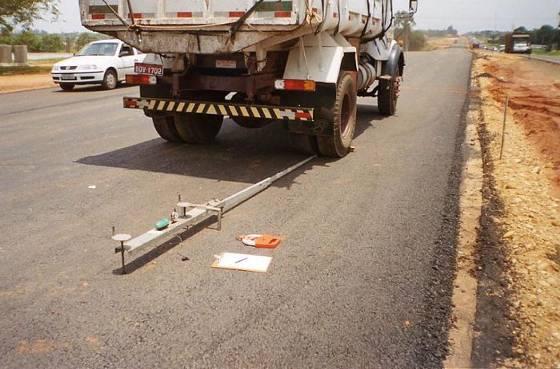 Evaluación de control de calidad y mejoramiento de pavimentos asfálticos