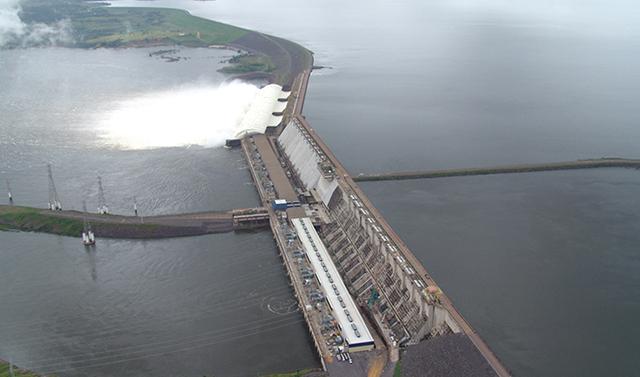 Presa de Tacuruí- centrales hidroeléctricas