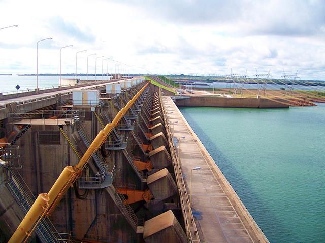 Hidroeléctrica Yacyreta- centrales hidroeléctricas